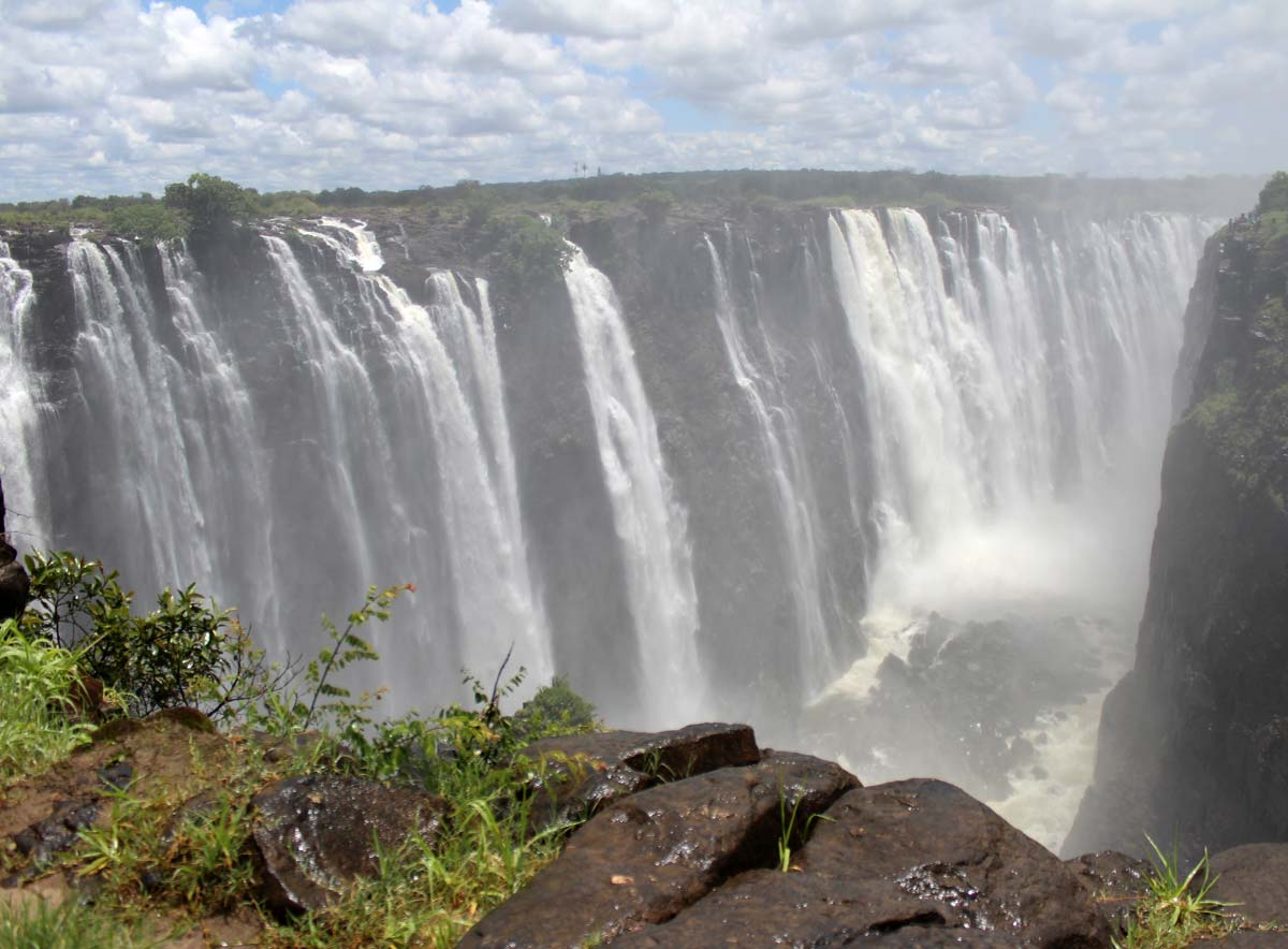 African safaris - the Victoria Falls, Zimbabwe